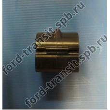 Втулка заднего стабилизатора Ford Connect 02-13 (выс. кр.)