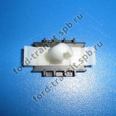 Крепление обшивки задней панели Ford Transit 04-14