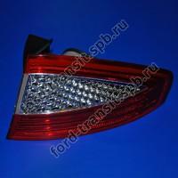 Фонарь задний правый (R) Ford Mondeo 07 - 14 (хэтчбек)